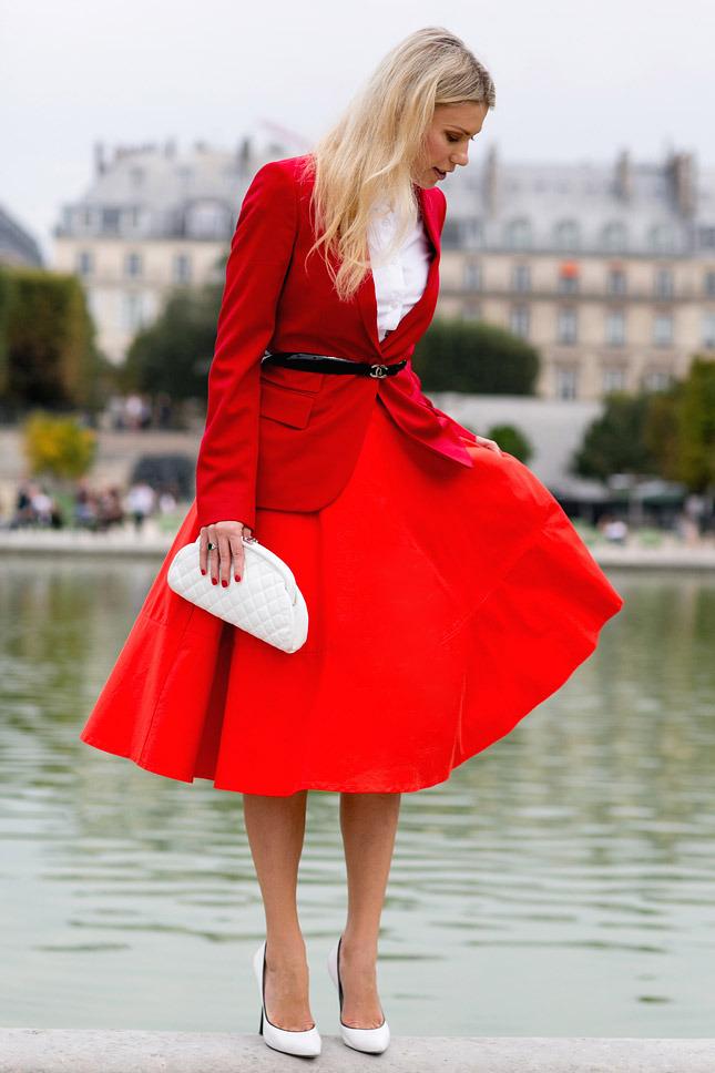 Модная юбка красная фото