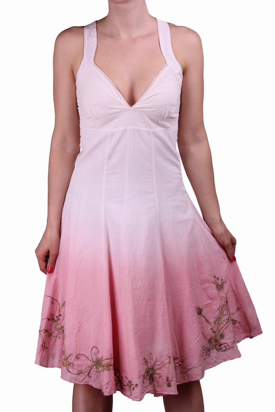 Цвет чайная роза  одежды