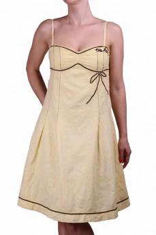 Платье с вышивкой бантик