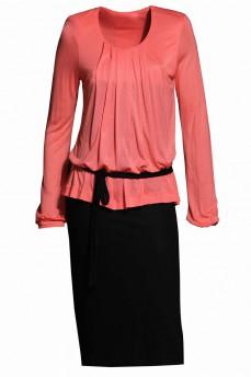 Трикотажное платье коралловое черный низ