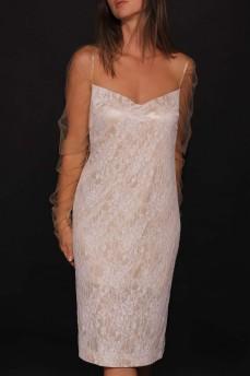 Гипюровое платье с сеткой