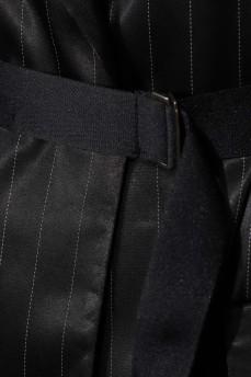 Черное платье-блайзер в полоску с молнией атлас