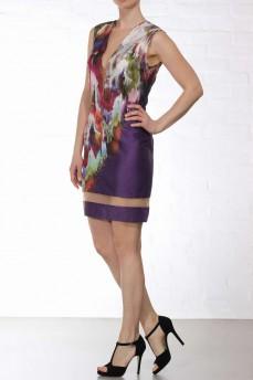 Разноцветное платье футляр