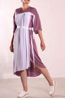 Шелковое платье с плиссе