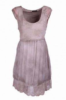 Платье вырез карэ