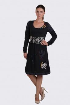 Теплое платье с трикотажными вставками