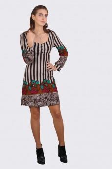 Платье приталенное из мягкого трикотажа