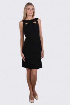 Платье фасона Chanel с декоративной горловиной