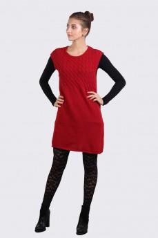 Платье красное из шерсти с вязкой косички