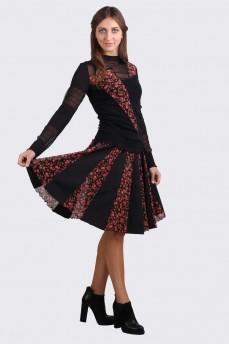 Короткая черная юбка клинья красные розы