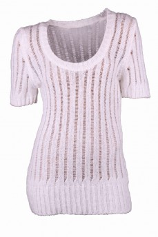 Пуловер из махеровой пряжи ажурной вязки