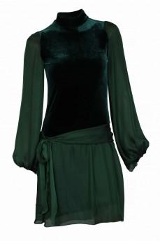 Зеленое велюровое платье