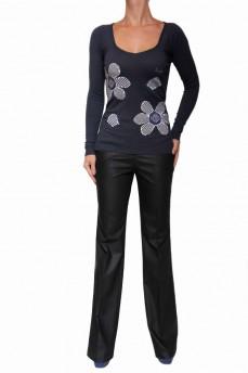 Пуловер темно-синий с ромашками