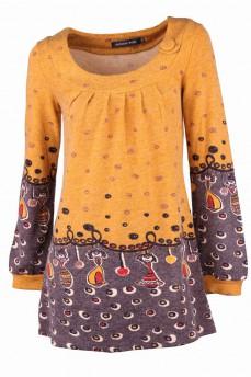 Короткое теплое платье с рисунком куклы