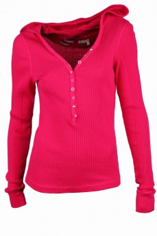 Пуловер малиновый с капюшоном