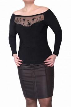 Блуза черная с апликацией и вырезом лодочка