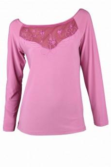 Блуза цвета фрез с цветочной апликацией