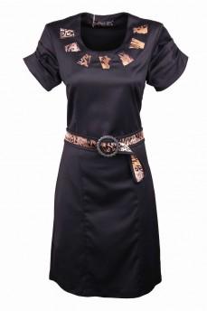 Платье-футляр атласного плетения с тигровыми вставками и поясом