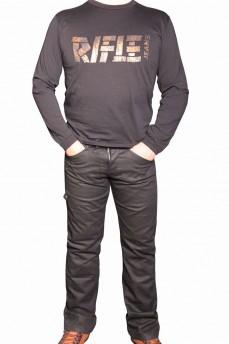Футболка мужская черного цвета с фирменным названием