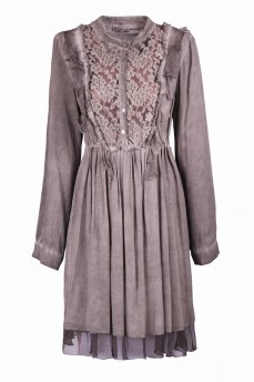 Платье с кружевом оливковое