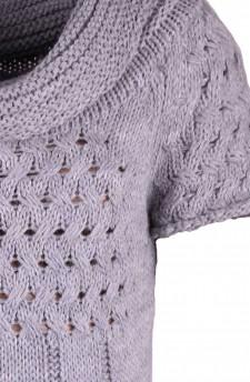Платье светло-серое шерстяное из шерсти ажурной вязки