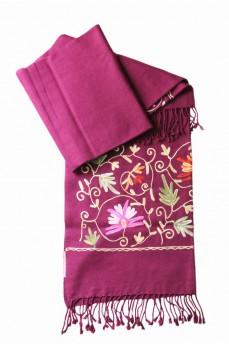 шарф палантин вишневый с вышивкой 170х60см