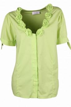 Блуза цвета зеленого яблока с декоративными розами