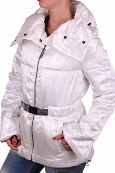 Куртка белая из плотного атласа с фантазийным воротником