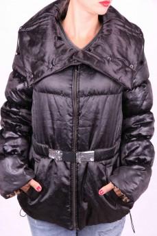 Куртка черная стеганая с фантазийным воротником на кнопках
