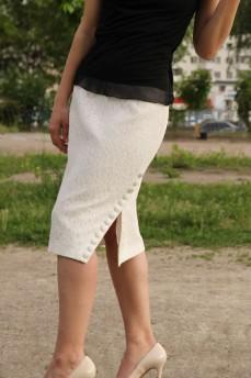 Гипюровая юбка с разрезом