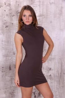 Коричневое короткое платье со стойкой