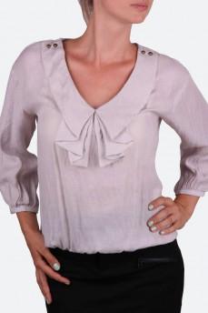 Блуза светло-серая с воротником жабо