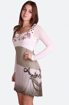 Платье-баллон с меховыми вставками и вышивкой розы