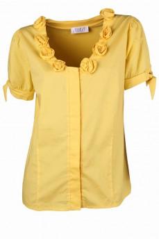 Блуза желтая из комбинированных тканей с декоративными розами