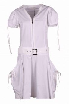 Платье белое объемные карманы