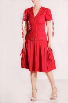 Платье красное объемные карманы