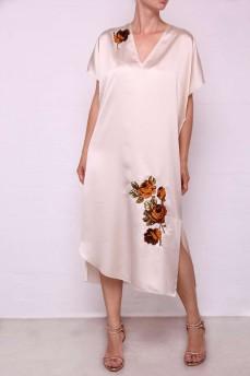 Кремовое шелковое платье апликация розы