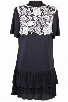 Черное платье с кружевом макраме